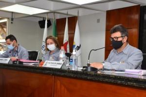 Vereadores discutem sobre o trânsito intenso e os inúmeros acidentes na Rua Presidente Vargas