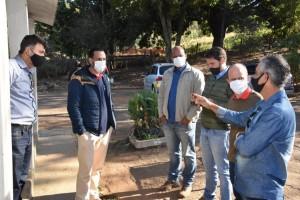 Vereadores buscam junto à Prefeitura uma solução imediata para o Canil Municipal