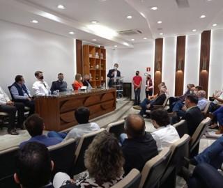 Imagem 1 do post Vice-governador de Minas e Deputada Federal Greyce Elias visitaram a Expocaccer nesta quarta-feira