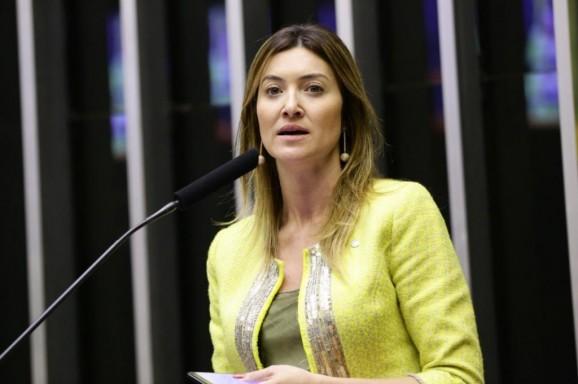 Aprovada proposta de R$ 1,32 bilhão para auxiliar cafeicultores prejudicados com a geada